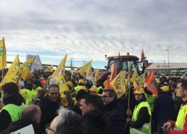 JARC protesta per la política agrària, responsable de la situació del sector